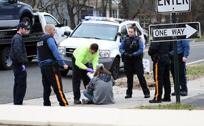Police helped out a man who stumbled on Chestnut Avenue on Jan. 2, 2019.