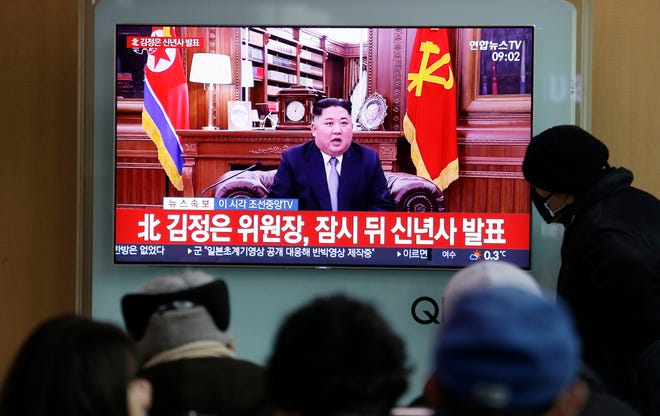 People watch North Korean leader Kim Jong Un's New Year's speech on Jan. 1, 2019, in Seoul, South Korea.