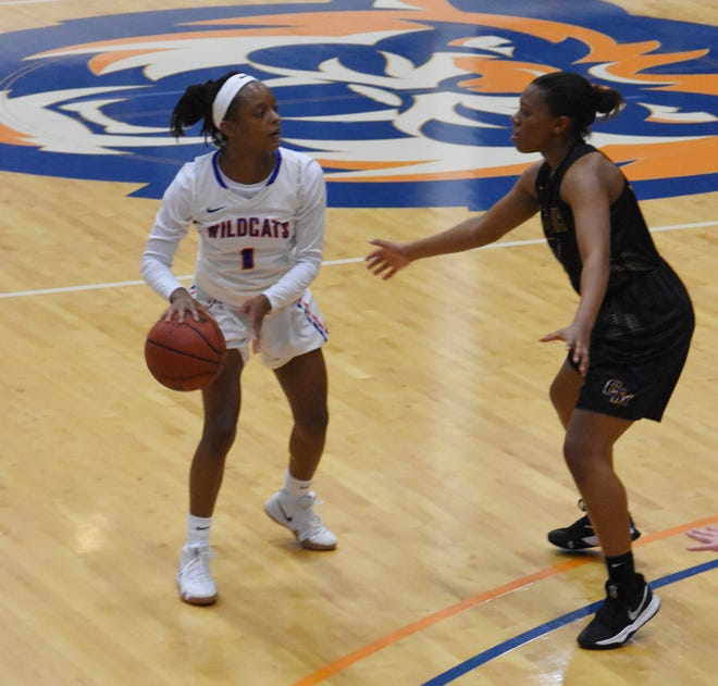 Louisiana College senior Kourtney McGhee (1) looks to pass against Concordia University Thursday, Jan. 3, 2019 at H.O. West Fieldhouse on the LC campus in Pineville. Concordia won 72-70.