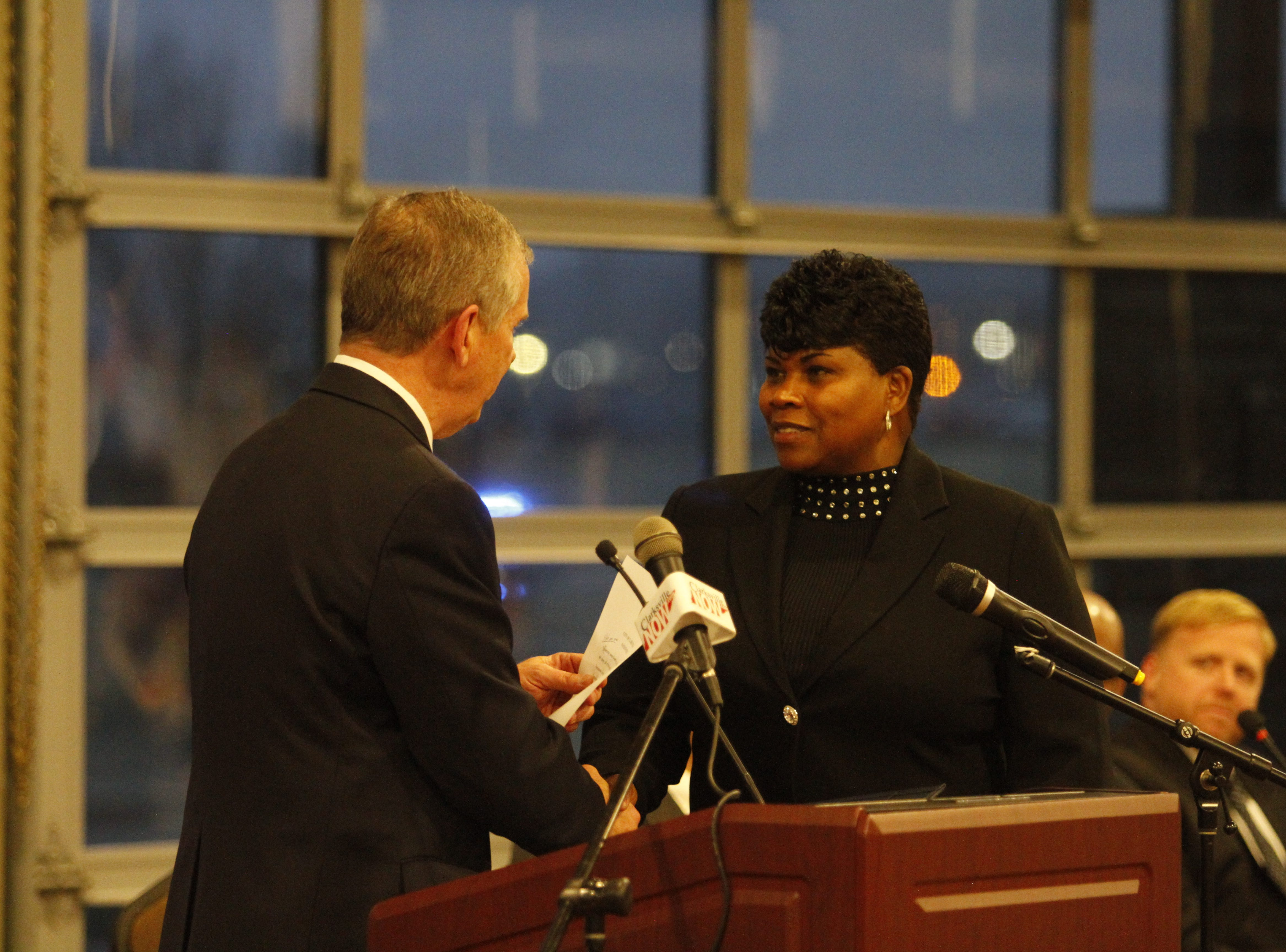 Mayor Joe Pitts swears in council member Wanda Smith for her next council term on Wednesday afternoon, Jan. 2, 2019, at the Wilma Rudolph Event Center.