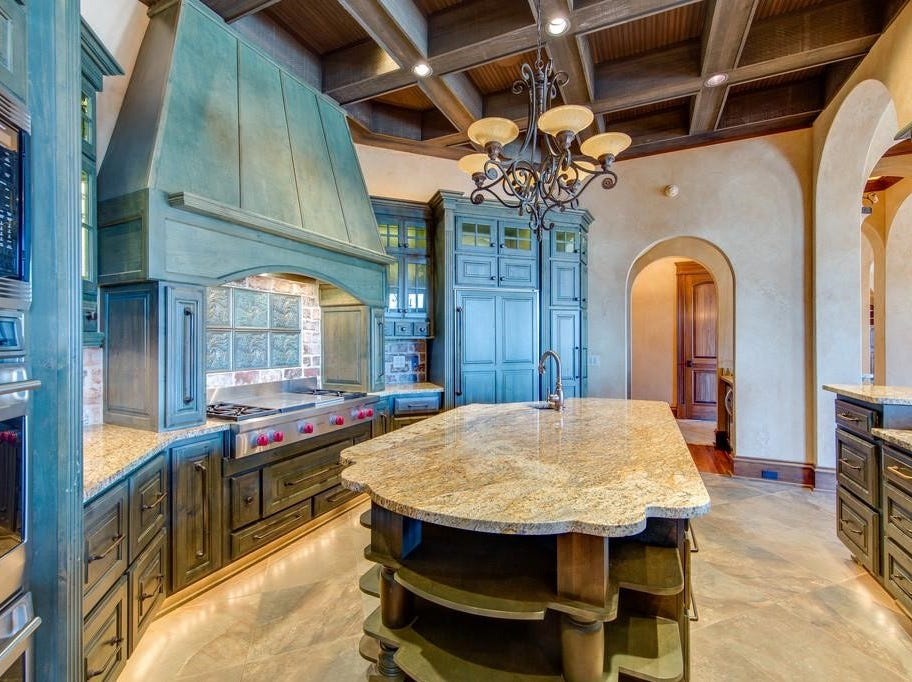 495 Mobley Drive sold for $1,480,000 in 2018.