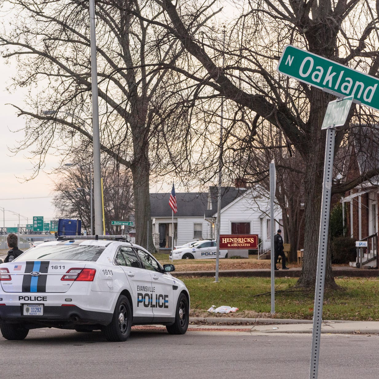Evansville Police respond to hold-up on Division Street, two in custody