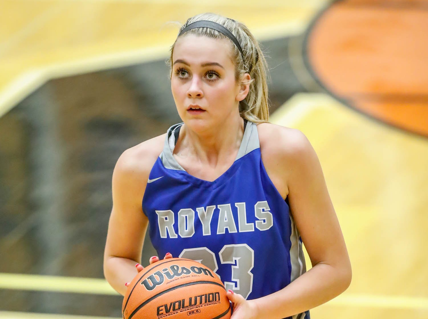 Hamilton South Eastern's Sydney Parrish (33) shoots a free throw during a game between Hamilton Southeastern High School and Warren Central High School, held at Warren on Thursday, Jan. 3, 2019.
