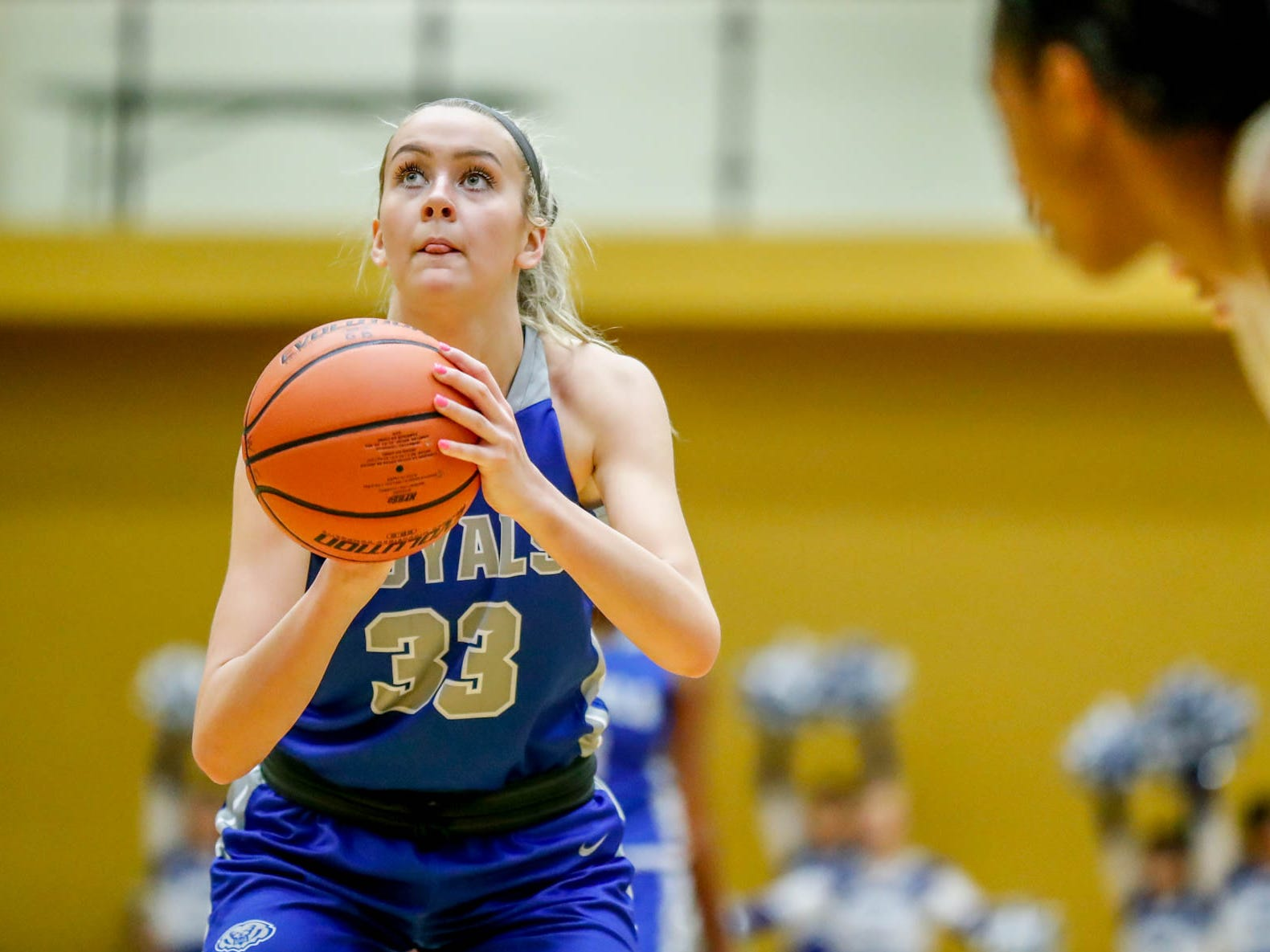 Can Sydney Parrish and Hamilton Southeastern get past Carmel?