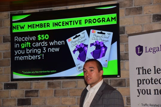 Group leader John Daniels gets the ball rolling, explaining a new membership incentive program during a Networking Today International meeting at Corner 16 Friday, Jan. 4.