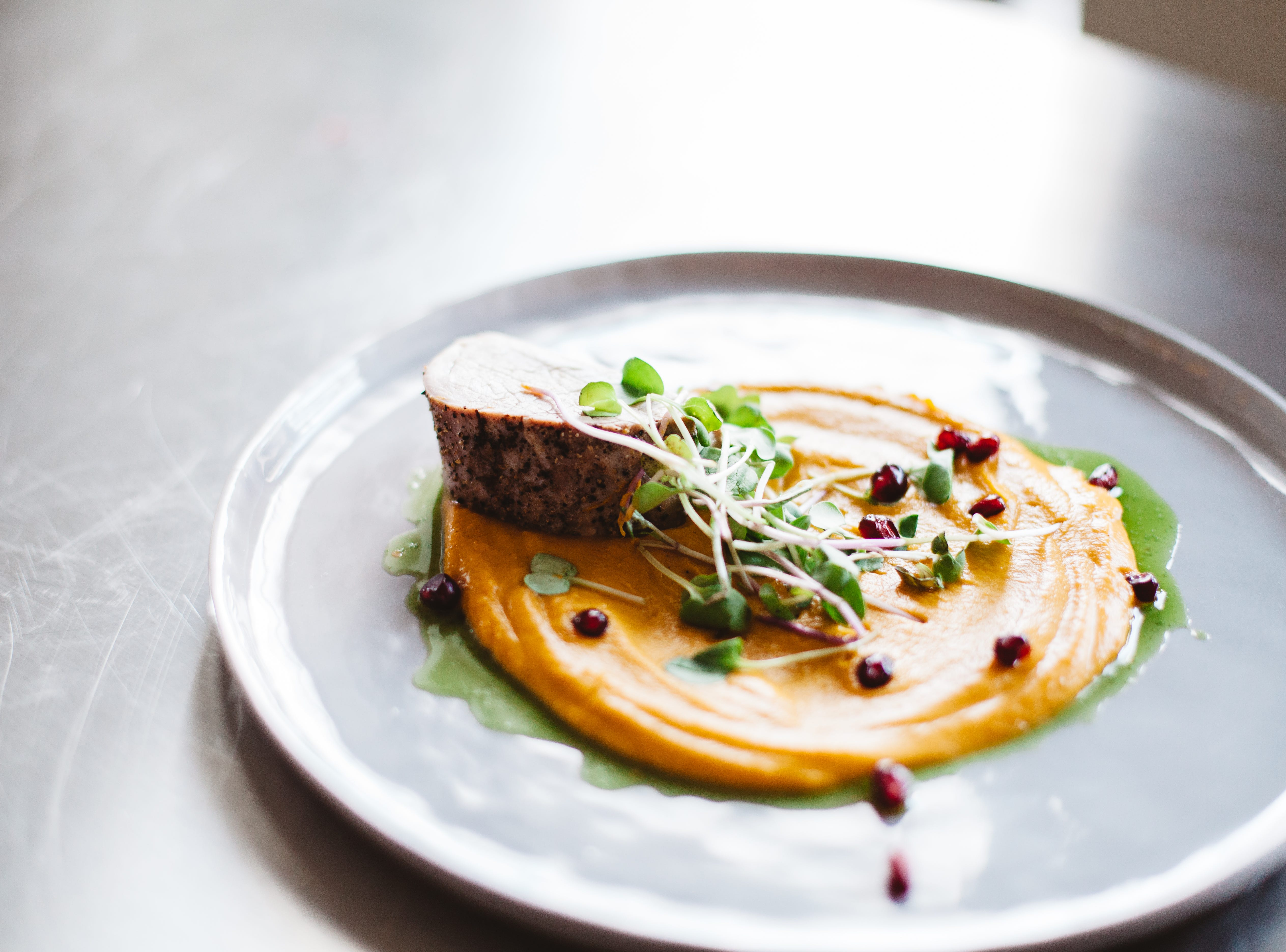 Simpl will focus on a small range of unfussy, yet subtly elevated bar food made with locally sourced ingredients.