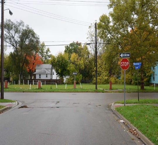 Evidence photo of the intersection of Frank Street to Westnedge Avenue in Kalamazoo used during Kelly's trial in 2017.