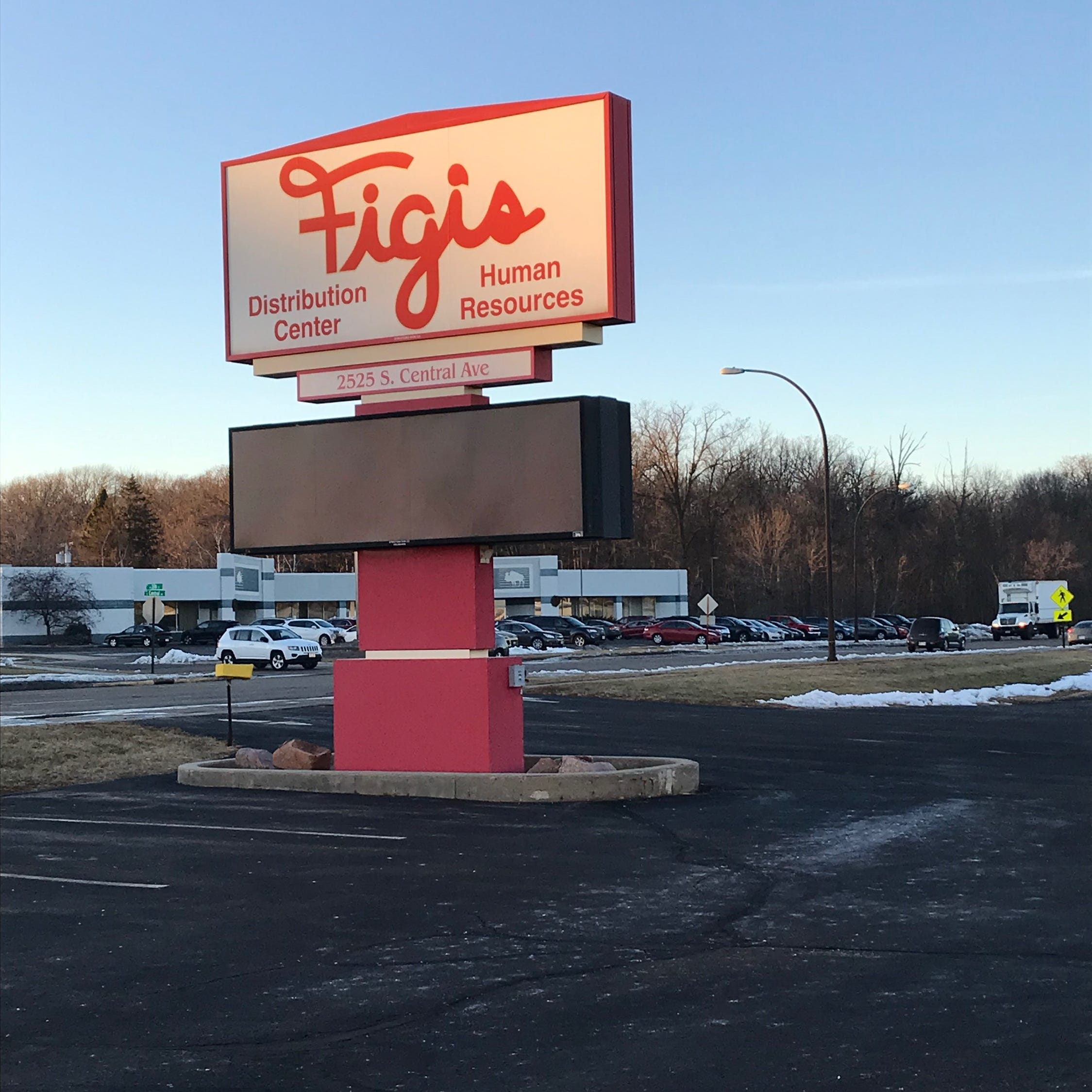 Community rallies around laid-off Figi's employees after 'unexpected' closing news