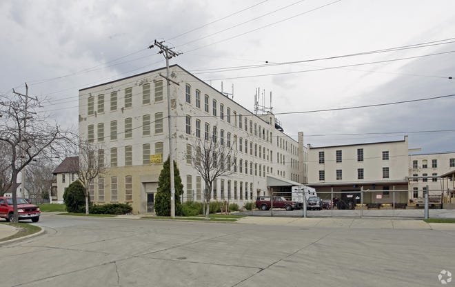 Perlick Corp.'s former factory on Milwaukee's north side would be converted into affordable apartments under a new proposal.