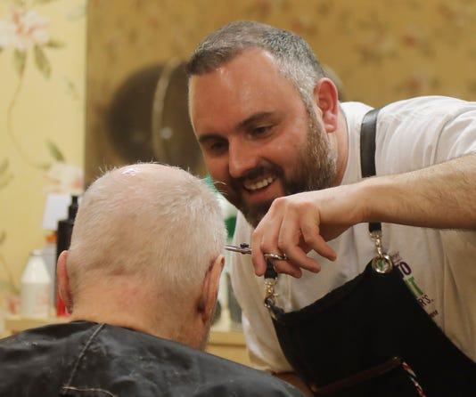 Lenny White A Barber From Northern Ireland Visited The Chelsea In Montville To Give Residents With Dementia And Others Complimentary Haircuts