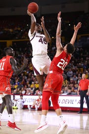Arizona State Sun Devils forward Zylan Cheatham drives to the basket against the Utah Utes in the first half on Jan. 3 at Wells Fargo Arena in Tempe.
