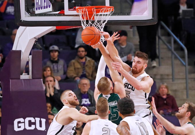 Grand Canyon hosts Utah Valley at Grand Canyon University Arena in Phoenix on Thursday, Jan. 3, 2019.