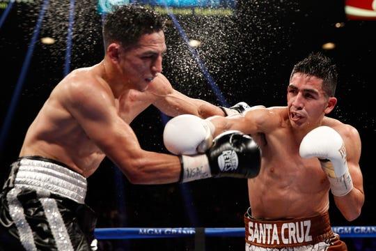 Leo Santa Cruz en su pelea ante Jesús Ruiz.