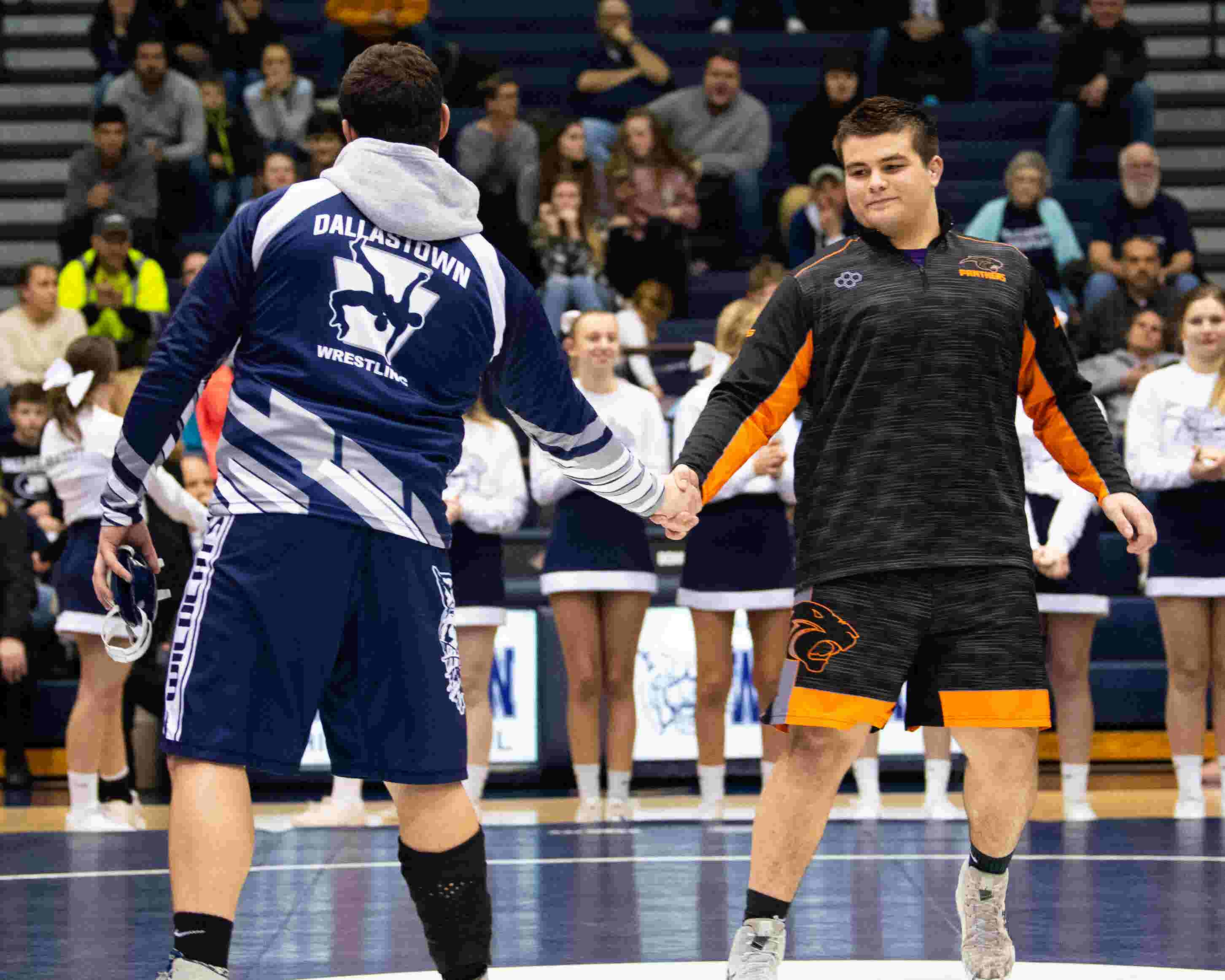 85b45533465 PIAA wrestling  Dallastown heavyweight misses bout with injury