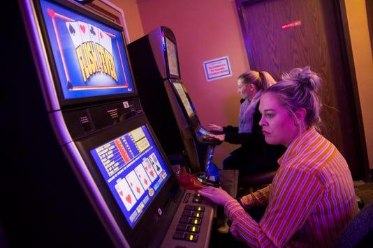 MAIN PHOTO -- Oregon Lottery Mr01