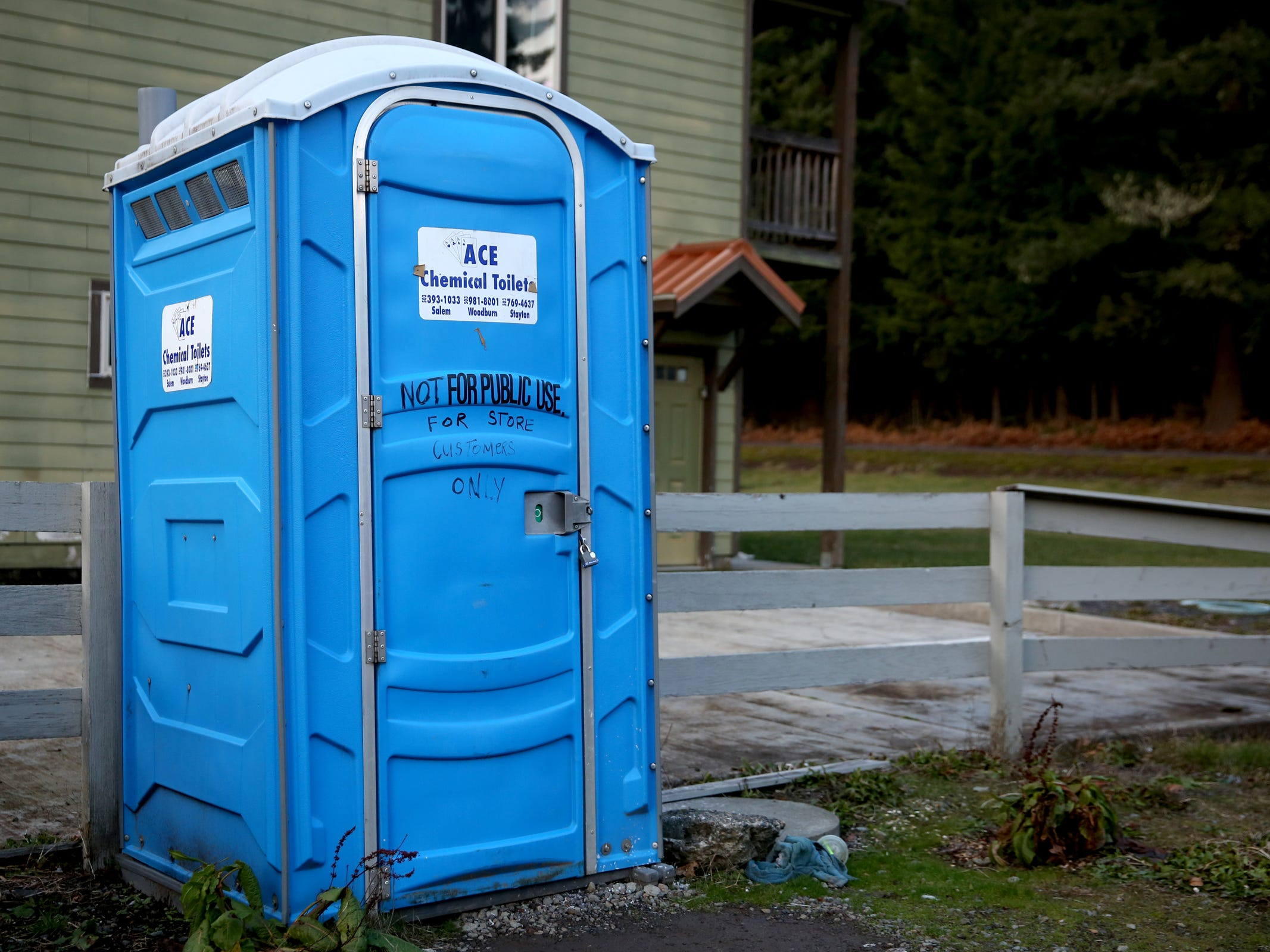A port-a-potty on Detroit Ave. in Detroit on Thursday, Jan. 3, 2019. The city has no sewer system, and residents and businesses rely on septic systems, many of which are in need of replacement.