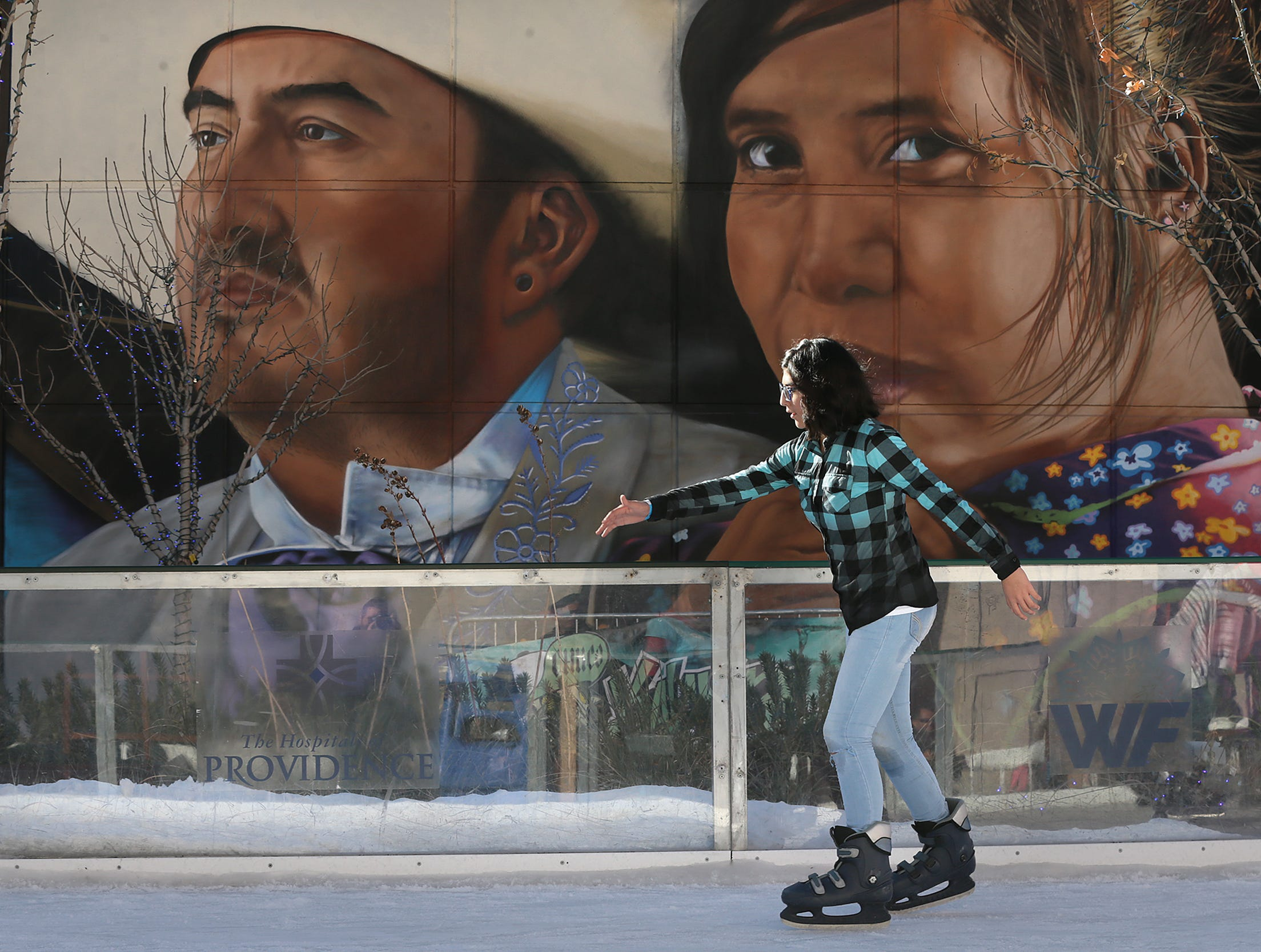 It is the final weekend to enjoy WinterFest in Downtown El Paso. The event sponsored by the Hospitals of Providence features ice skating, holiday shopping and other special events. WinterFest is located in Arts Festival Plaza.