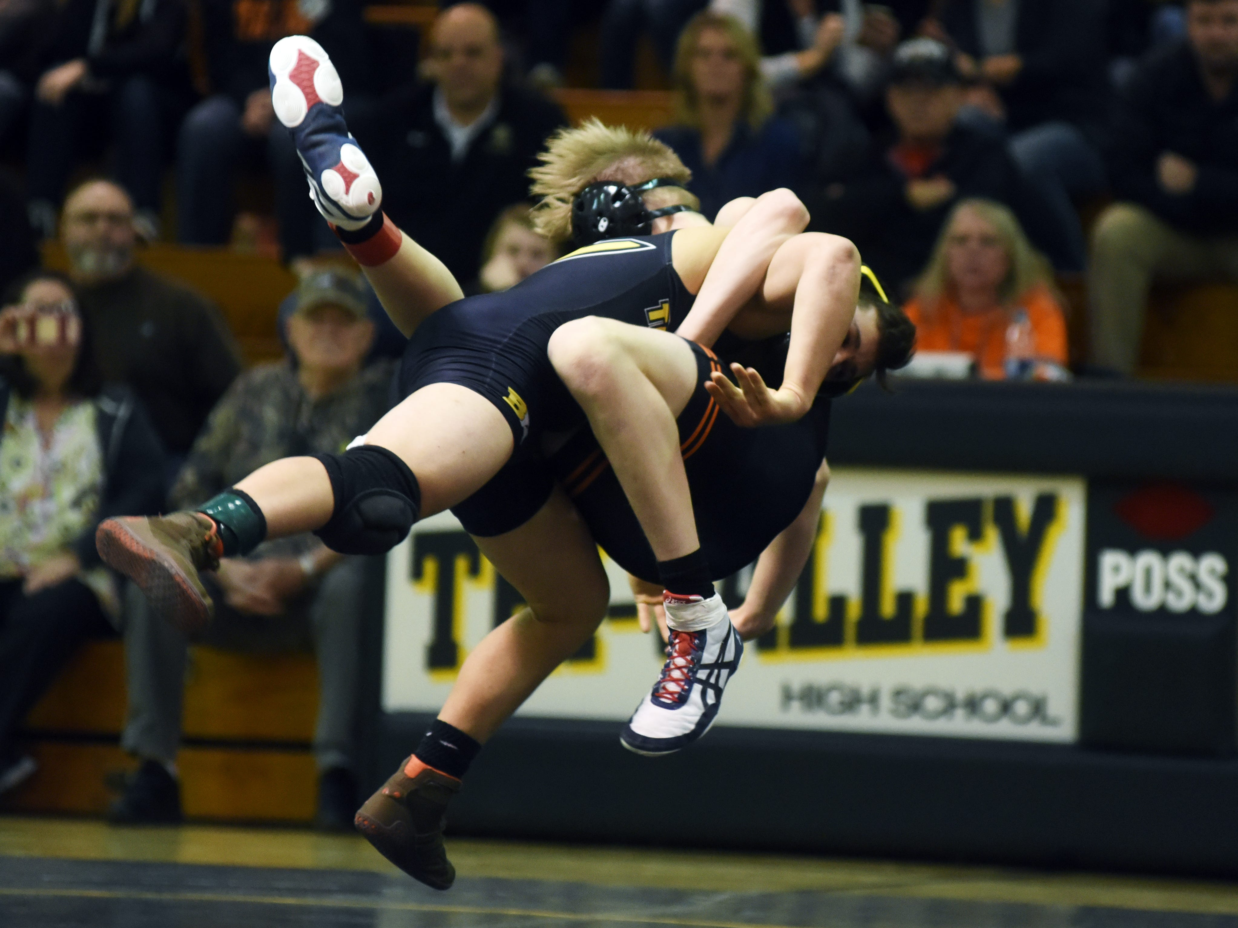 Tri-Valley and New Lexington wrestled on Thursday night in Dresden.