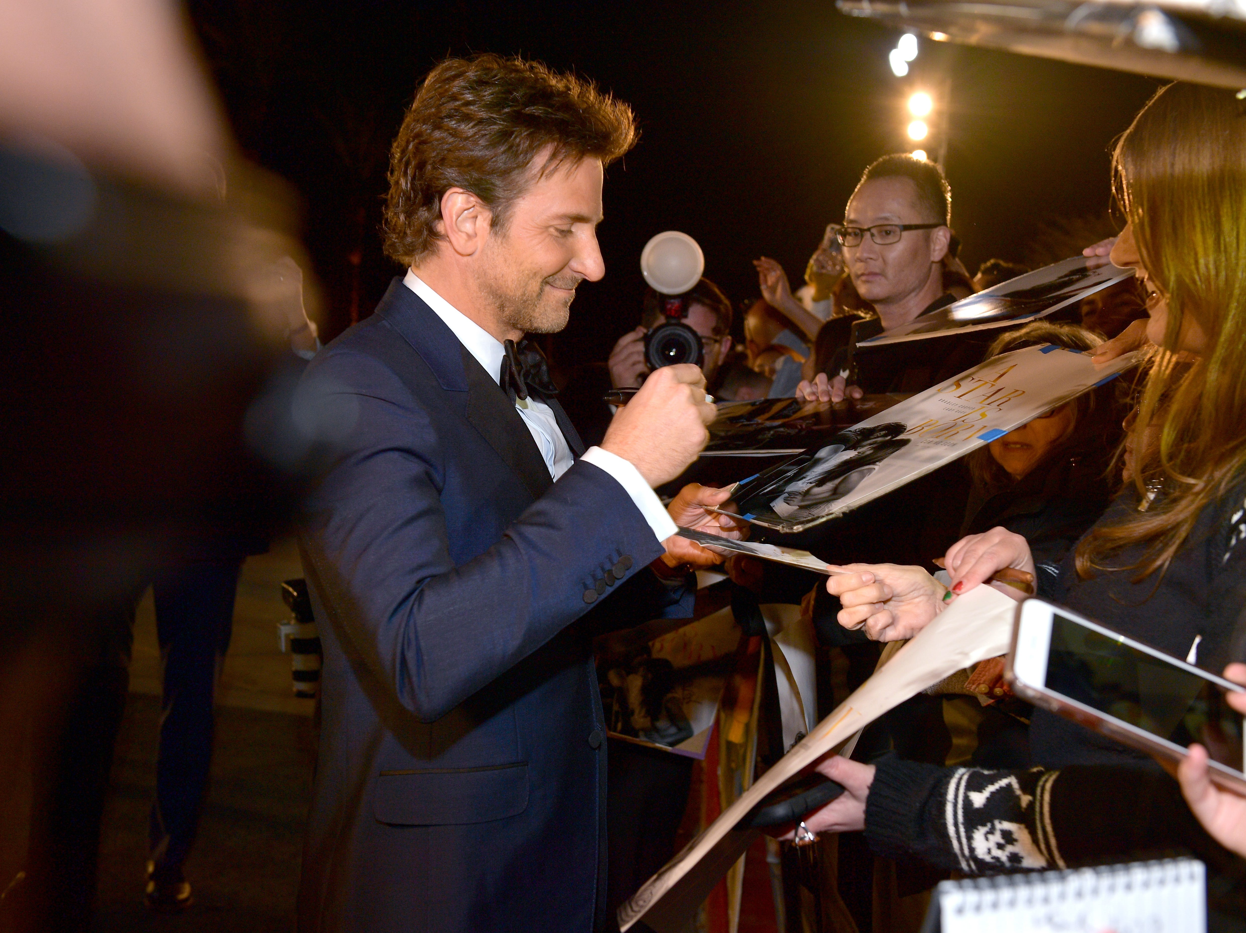 PALM SPRINGS, CA - JANUARY 03:  Bradley Cooper attends the 30th Annual Palm Springs International Film Festival Film Awards Gala at Palm Springs Convention Center on January 3, 2019 in Palm Springs, California.  (Photo by Matt Winkelmeyer/Getty Images for Palm Springs International Film Festival ) ORG XMIT: 775276719 ORIG FILE ID: 1076925552