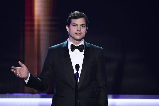Jan 29, 2017; Los Angeles, CA, USA; Ashton Kutcher presents the award for Outstanding Performance by a Female Actor in a Comedy Series during the 23rd Annual Screen Actors Guild Awards at the Shrine Auditorium. Mandatory Credit: Robert Hanashiro-USA TODAY NETWORK ORG XMIT: USATSI-357381 (Via OlyDrop)