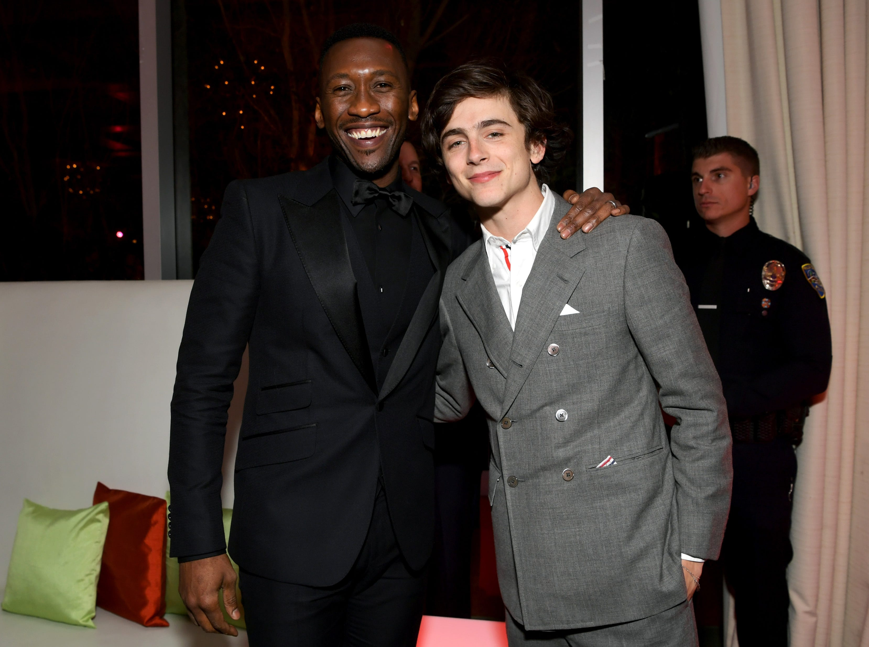PALM SPRINGS, CA - JANUARY 03:  Mahershala Ali (L) and Timothee Chalamet attend the 30th Annual Palm Springs International Film Festival Film Awards Gala at Palm Springs Convention Center on January 3, 2019 in Palm Springs, California.  (Photo by Emma McIntyre/Getty Images for Palm Springs International Film Festival ) ORG XMIT: 775276731 ORIG FILE ID: 1076988482