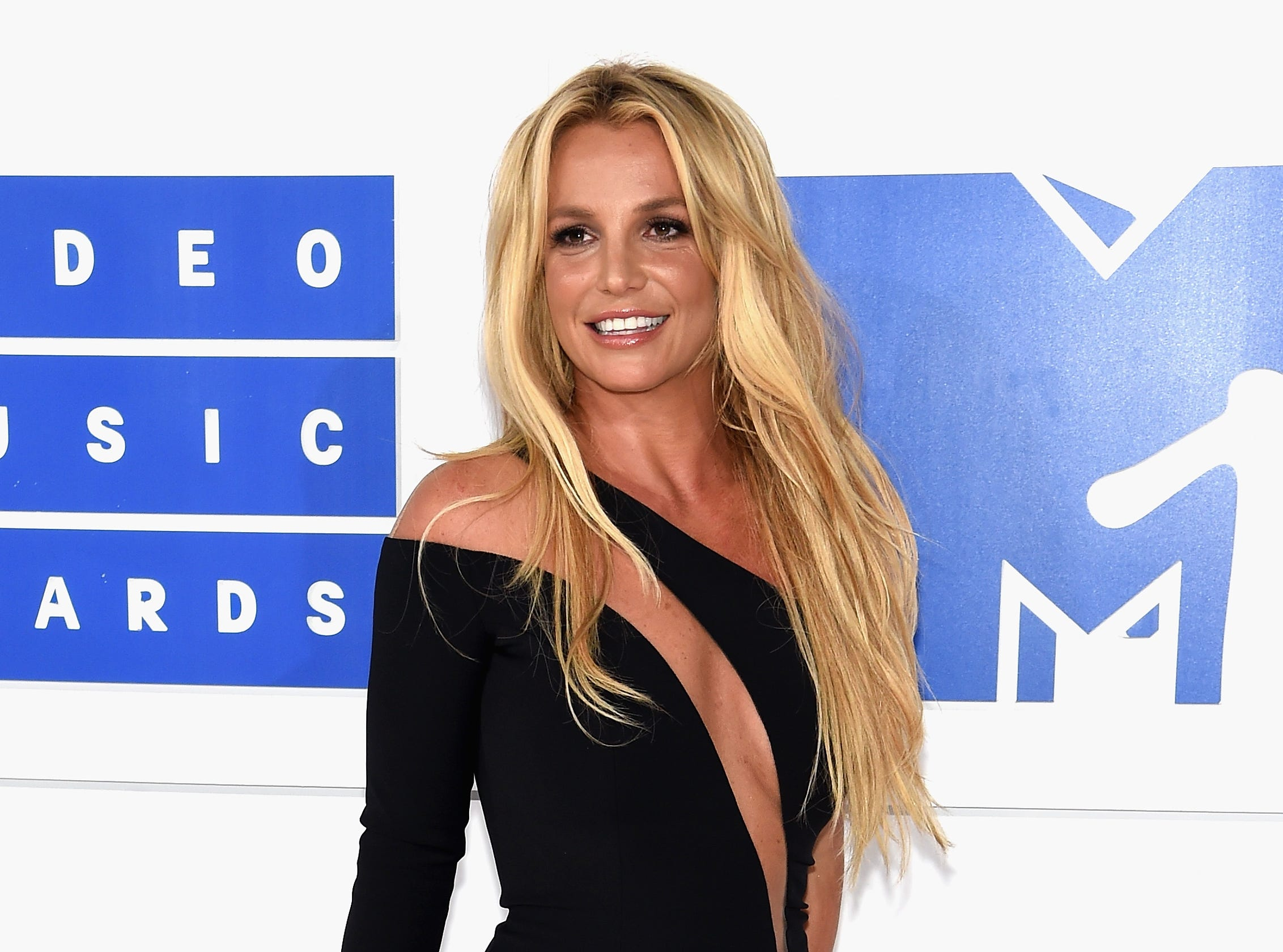 NEW YORK, NY - AUGUST 28:  Britney Spears attends the 2016 MTV Video Music Awards at Madison Square Garden on August 28, 2016 in New York City.  (Photo by Jamie McCarthy/Getty Images) ORG XMIT: 659513129 [Via MerlinFTP Drop]