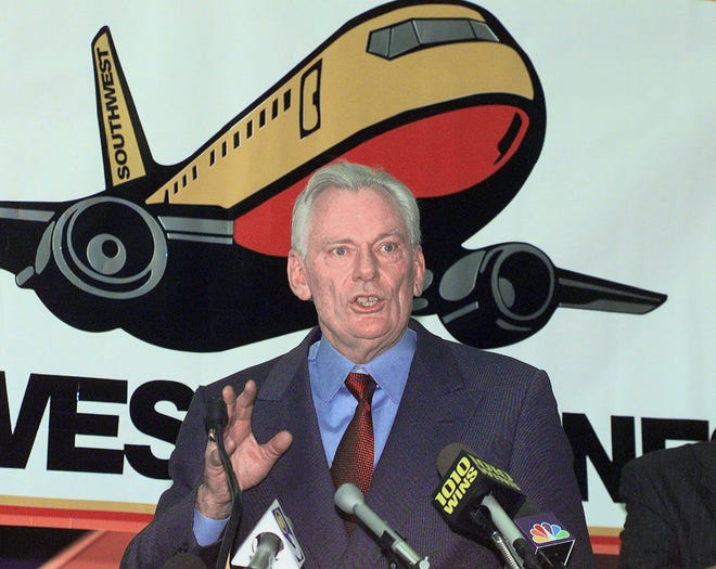 Southwest Airlines President and CEO Herb Kelleher speaks at a press conference on Dec. 9, 1998, at MacArthur Airport in Islip, N.Y.