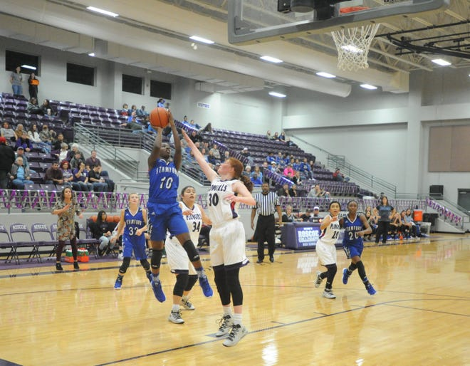 Stamford senior Brooklyn Woodard (10) averaged a double-double to earn All-Big Country Class 2A girls basketball MVP.