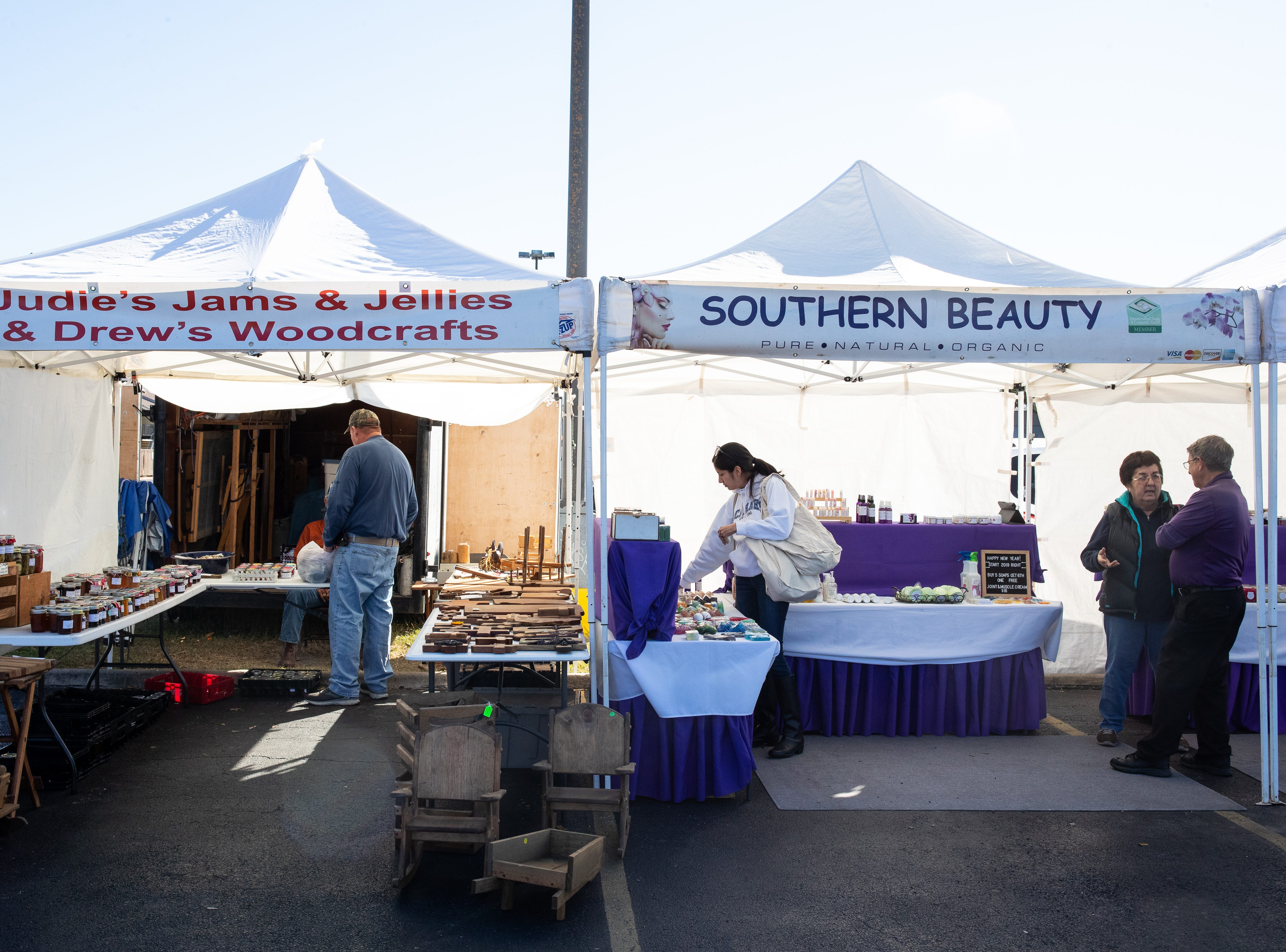 People look thought venders at the Corpus Christi Southside Farmers' Market located at 5800 Everhart Road on Saturday, Jan. 5, 2019.