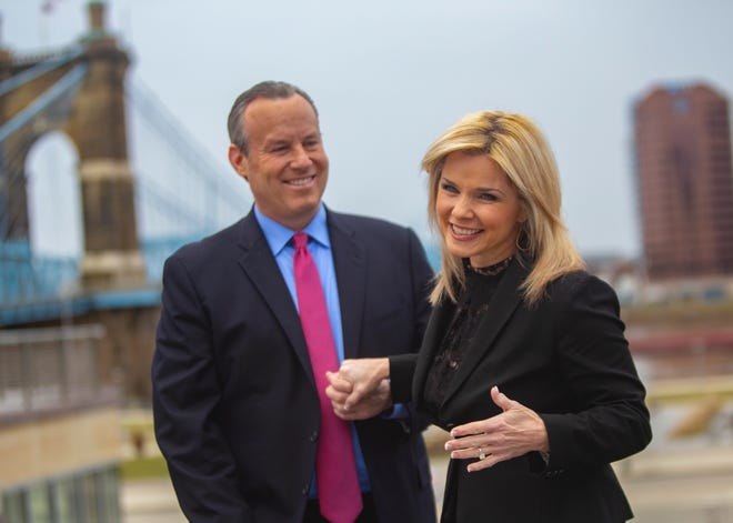 "Sheree Paolello and Mike Dardis, co-anchors of evening broadcasts for WLWT in Cincinnati, announced Friday that they're engaged. ""Who knew the man I was looking for has been sitting next to me the whole time,"" Paolello said."