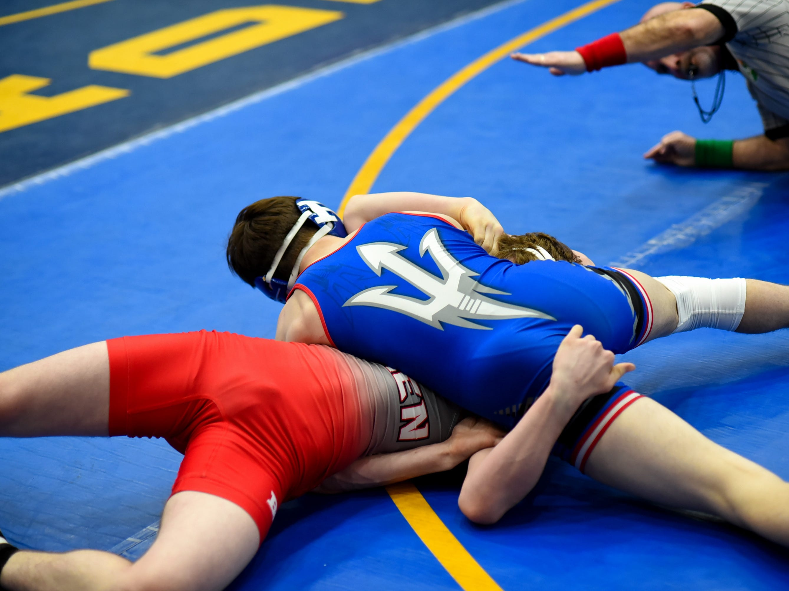 Colton Robins of Reading scored his 100th carrier victory in a pinfall over Jon Woodward of Goshen at the Bob Kearns Madeira Invitational, January 4, 2019.