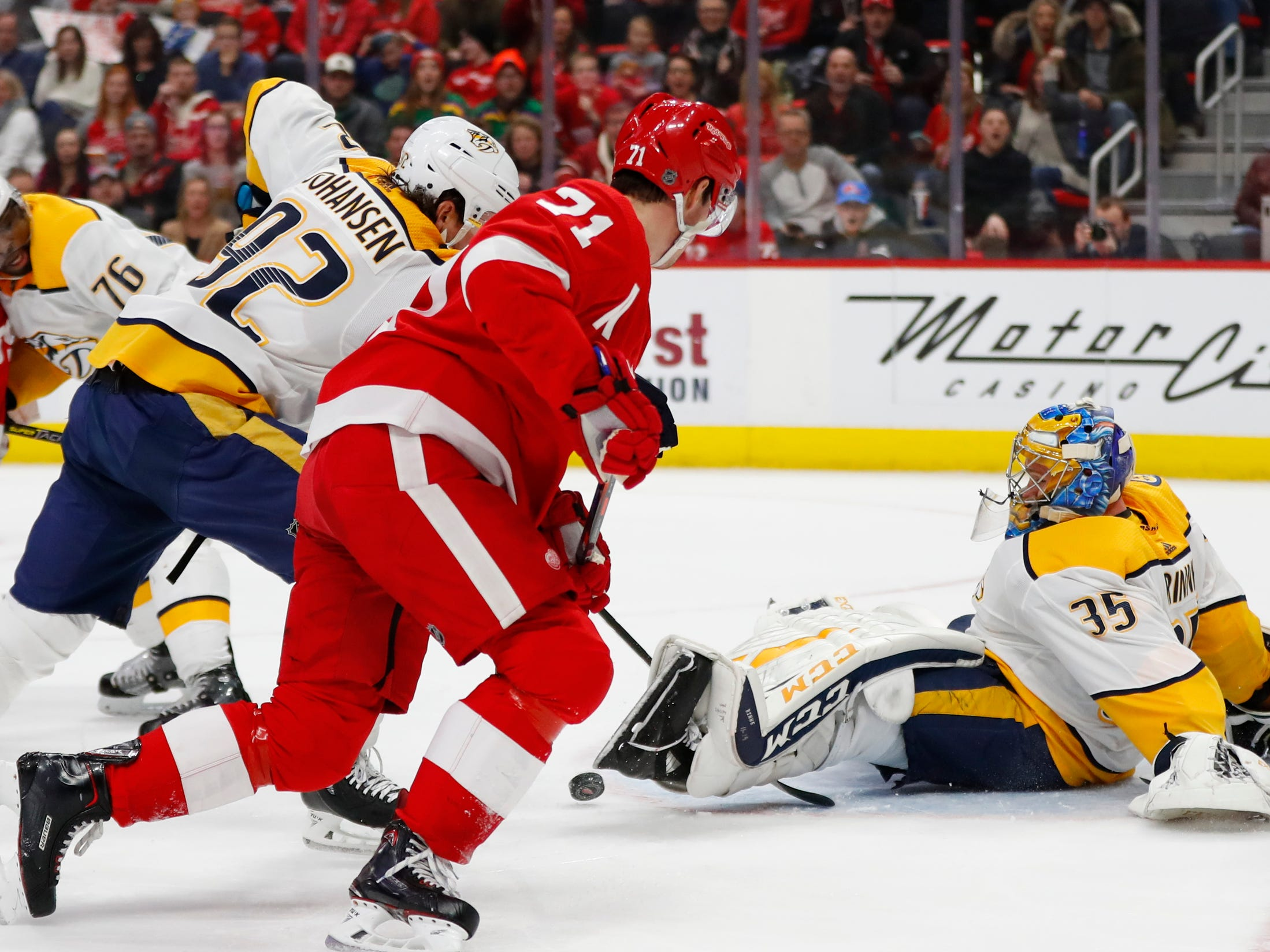 Nashville Predators goaltender Pekka Rinne (35) stops a Detroit Red Wings shot in the first period.