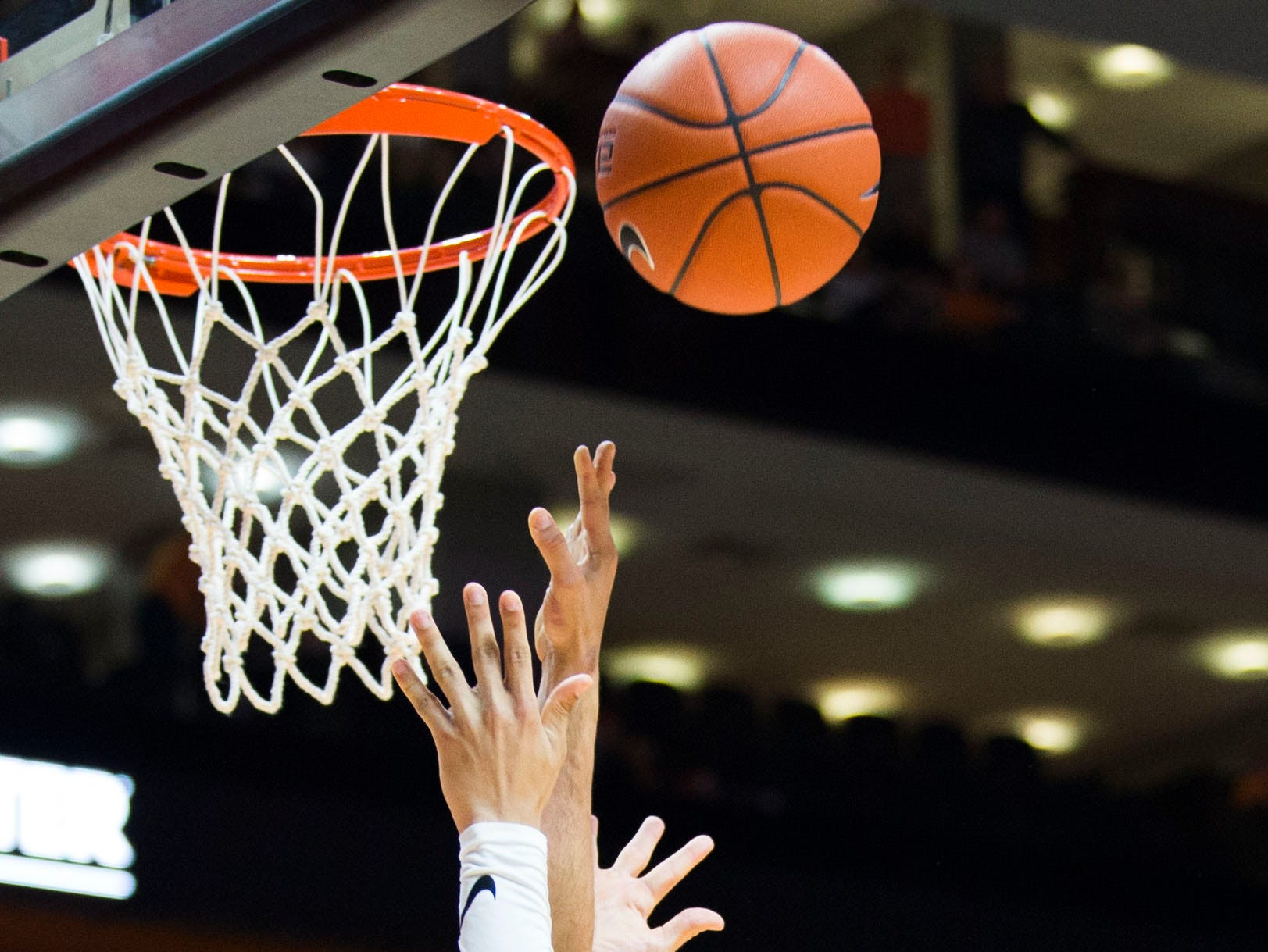 Tennessee's Lamonte Turner (1) takes a shot during a college basketball game between Tennessee and Georgia at Thompson-Boling Arena Saturday, Jan. 5, 2019. Tennessee defeated Georgia 96-50.
