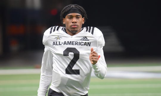 Four-star running back Eric Gray of Lausanne picked Tennessee Vols after decommiting from Michigan.