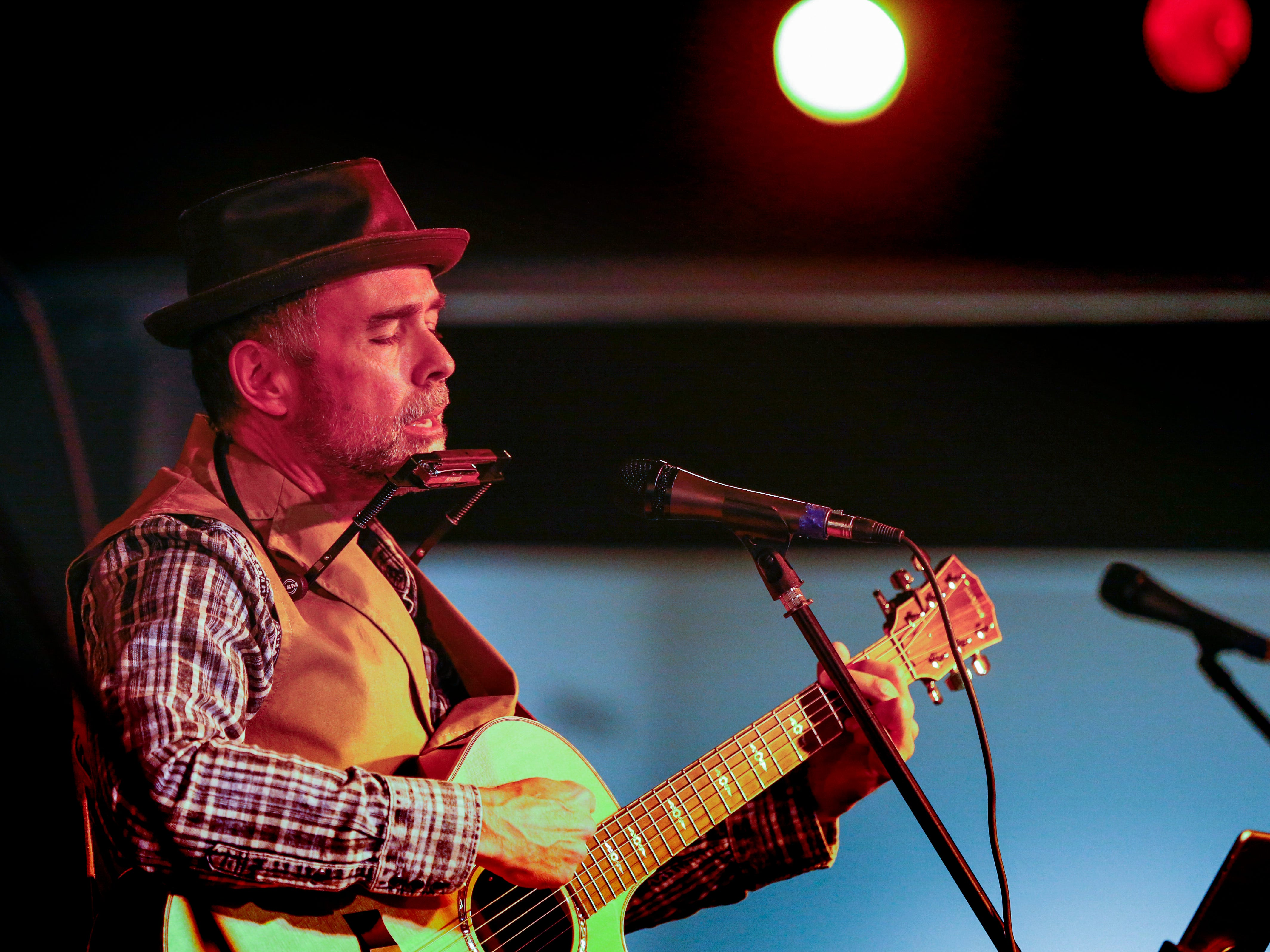 Vince Condella performs as the evening's opening musical act at the Cedarburg Cultural Center during a First Fridays event on Jan. 4.