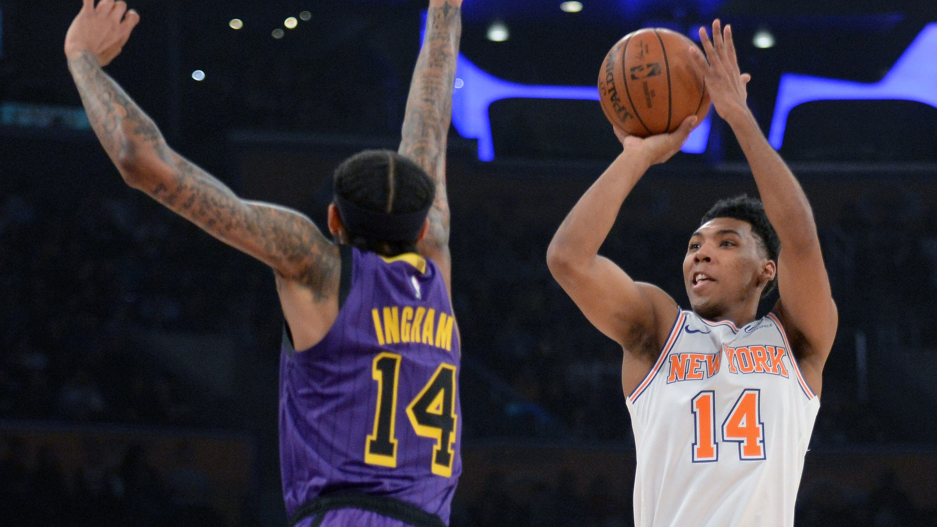 13223002ef86 New York Knicks pull out win over LA Lakers