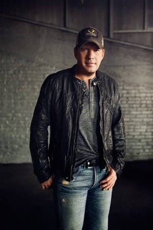Platinum-selling country star Rodney Atkins will perform at the Junior League's Sunshine State Ball on Jan. 11.