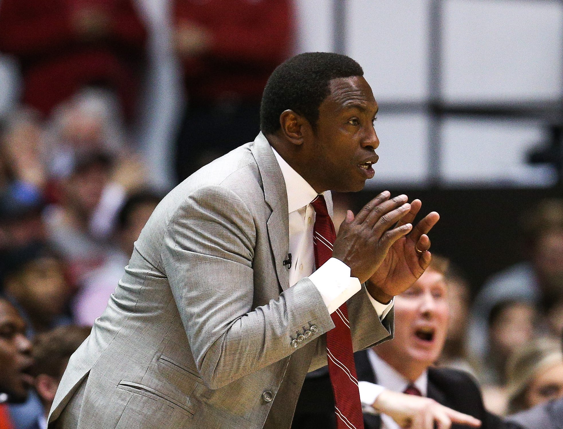 Jan 5, 2019; Tuscaloosa, AL, USA; Alabama Crimson Tide head coach Avery Johnson during the second half against Kentucky Wildcats at Coleman Coliseum. Mandatory Credit: Marvin Gentry-USA TODAY Sports