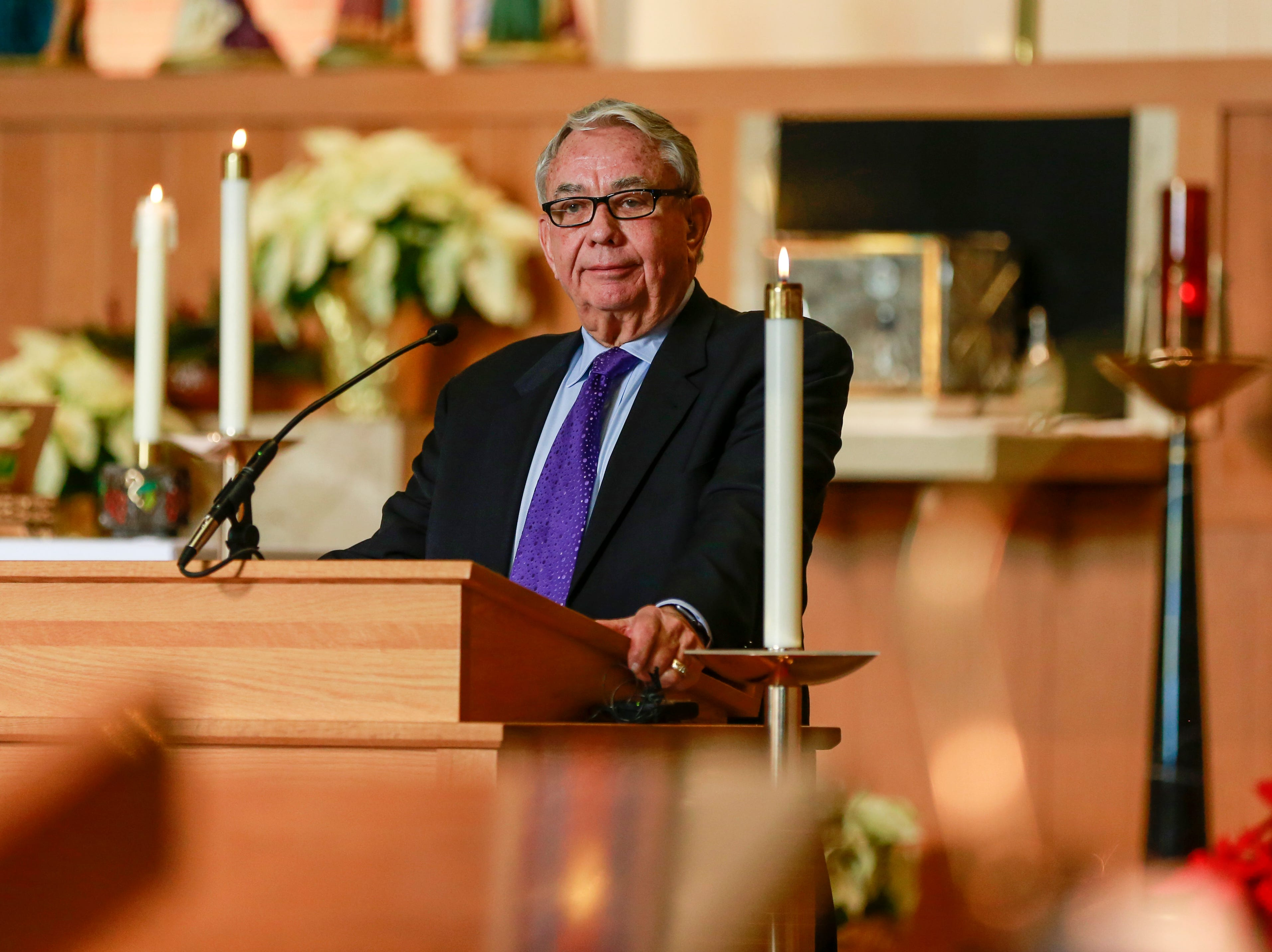 Former Governor Tommy Thompson makes a speech during former Sen. Walter Chilsen's funeral service Friday, Jan. 04, 2019, at Holy Name of Jesus Parish in Wausau, Wisc. T'xer Zhon Kha/USA TODAY NETWORK-Wisconsin