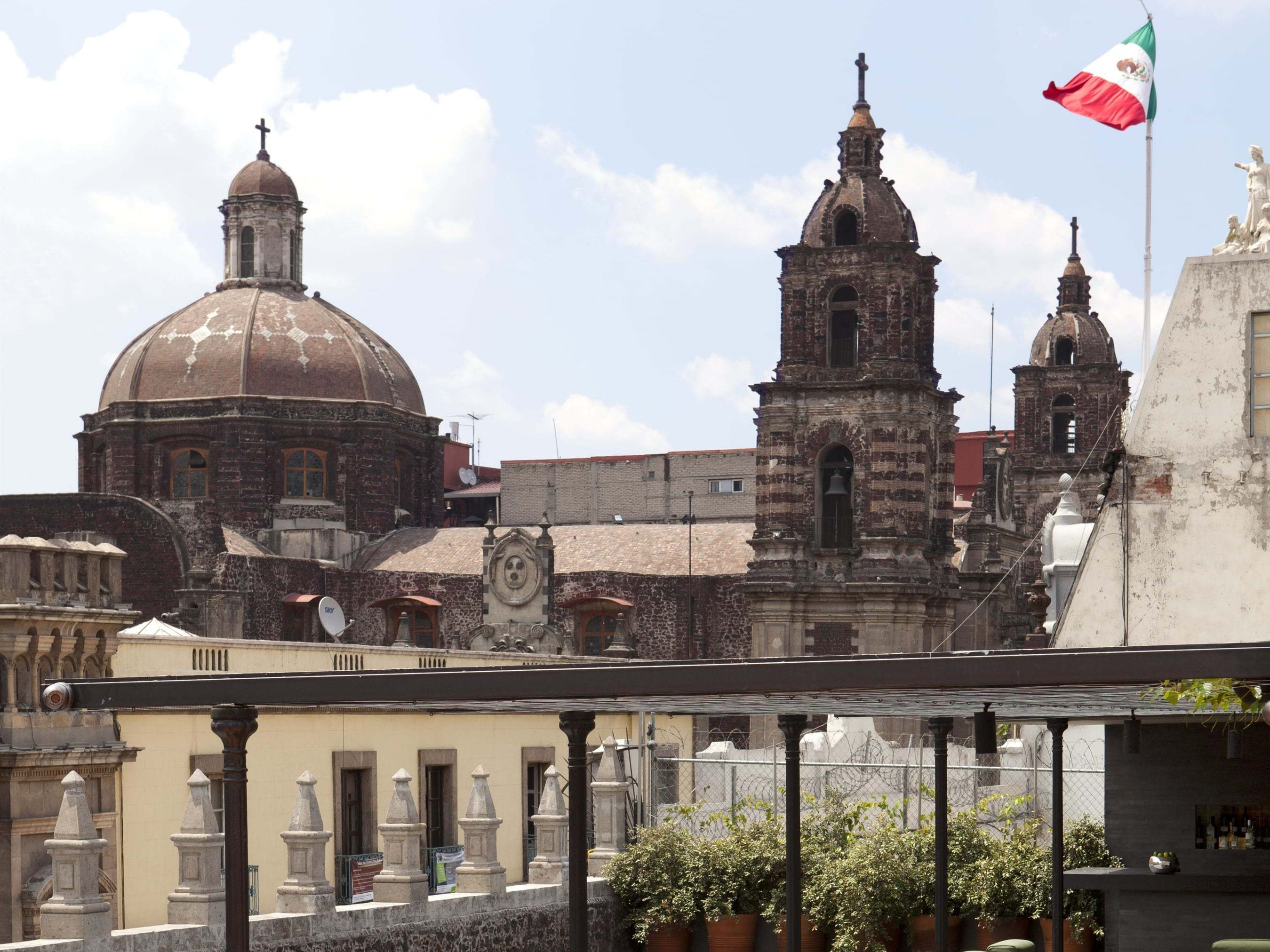 Mexico City's Centro Histórico faced a fate similar to those of other major historic downtowns in Latin America, and was left to deteriorate for decades during the 20th century. The area has seen major revitalization in the past 10 or 20 years, however, and it shows - many of the neighborhood's historic buildings are being restored and reused.