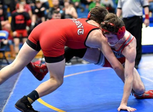 Trey Sander (right) of Bethel Tate maneuvers for control while battling in the 120lb class championship at the 2019 Bob Kearns Madeira Invitational, January 5, 2019.