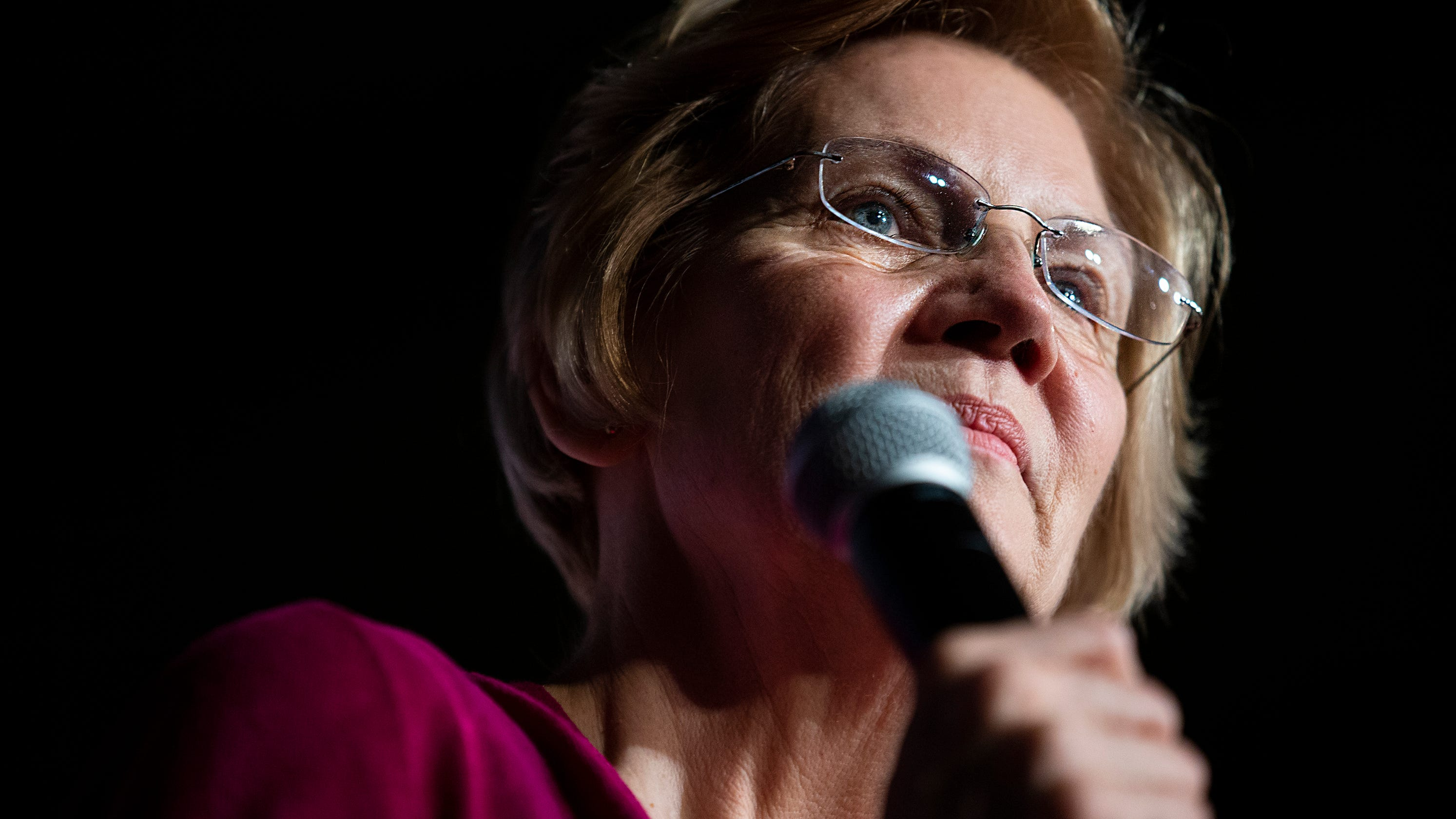 DNA test follows Elizabeth Warren to Iowa: 'I am not a person of color,' she said