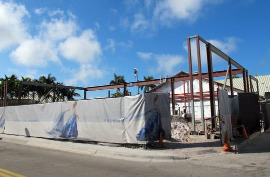 The Apple store is being completely rebuilt at Waterside Shops in North Naples.