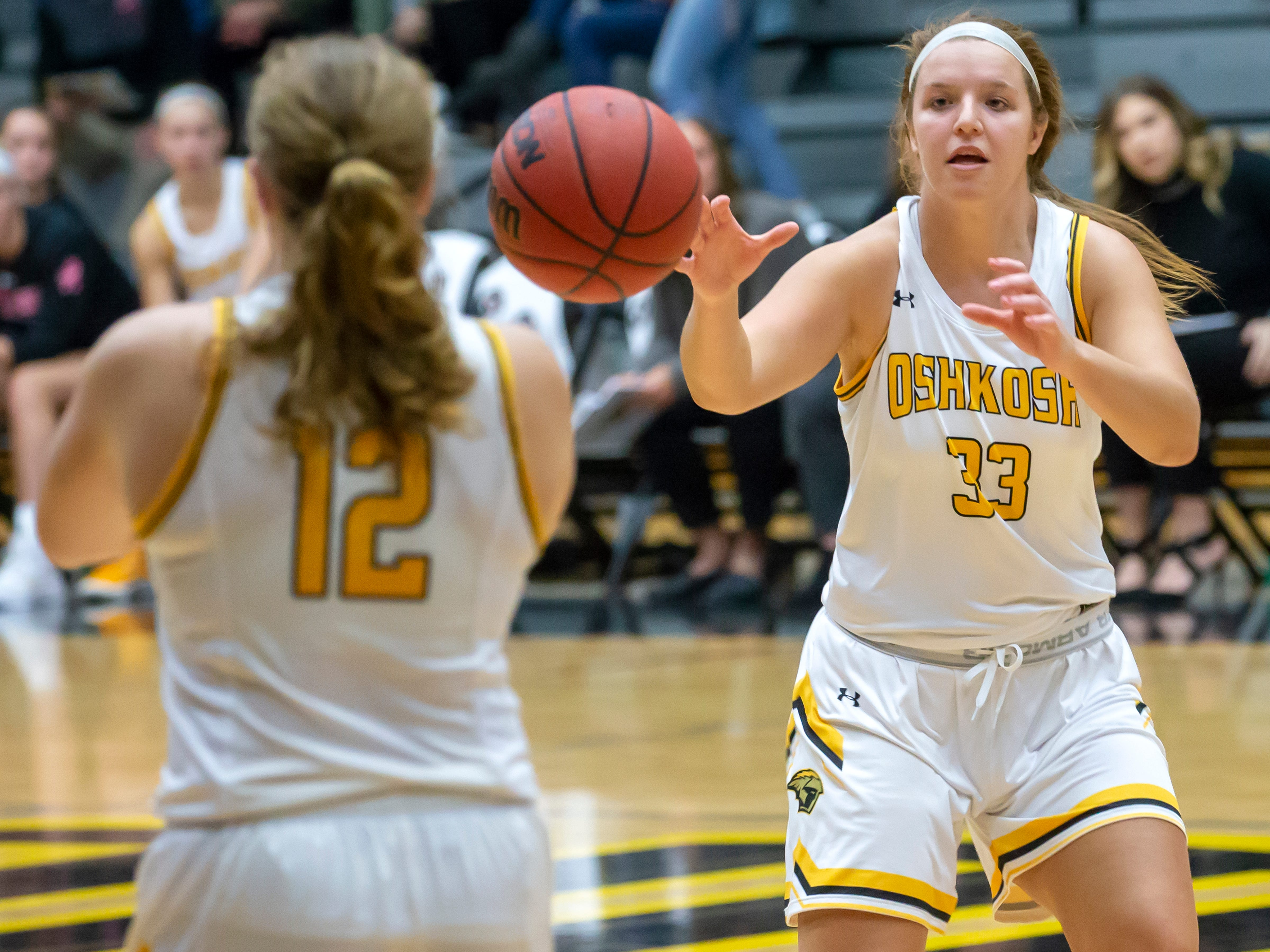 UW-Oshkosh's Leah Porath throws a pass to Nikki Arneson at the Kolf Sports Center on Saturday, January 5, 2019.
