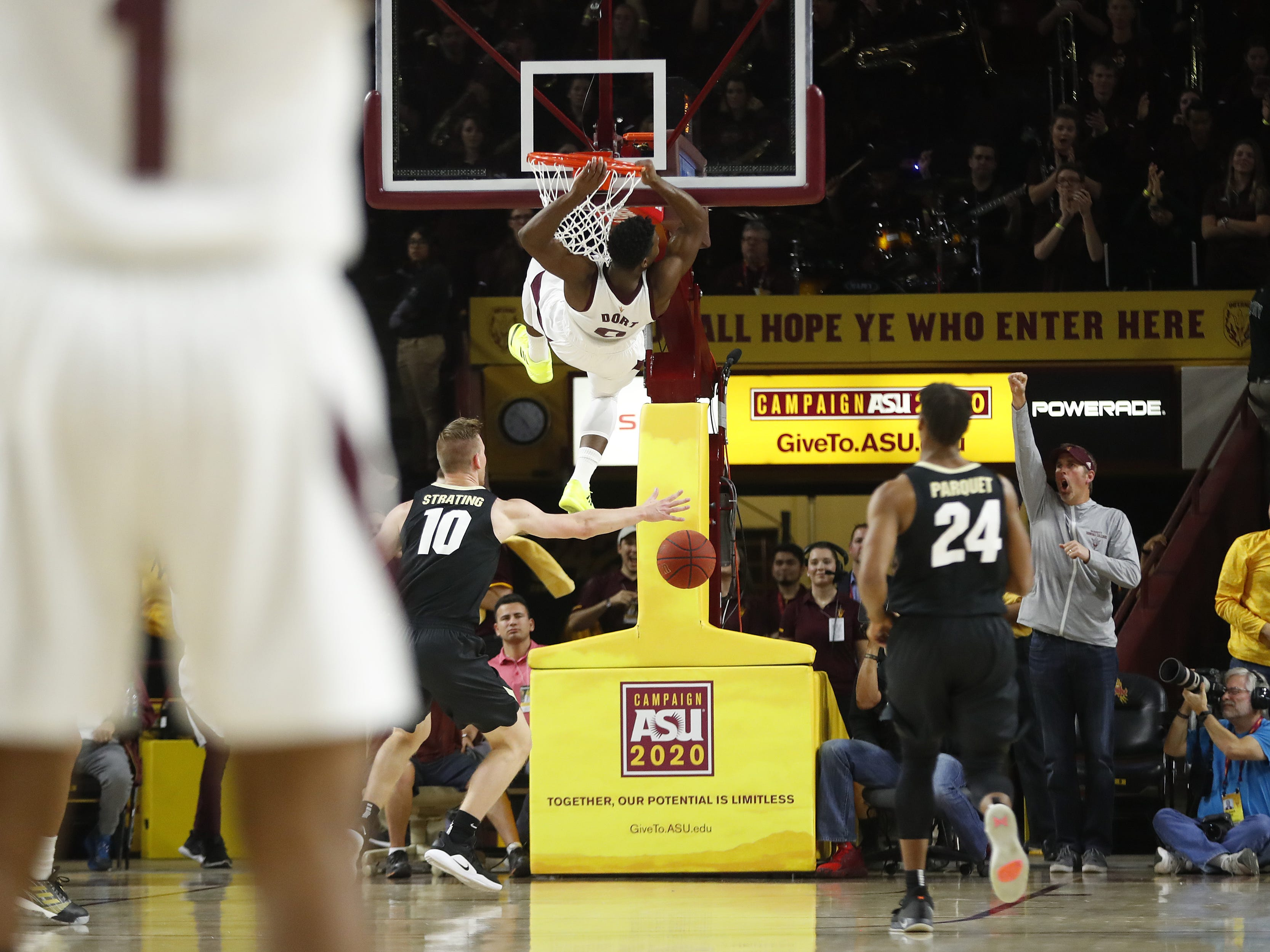 ASU's Luguentz Dort (0) dunks against Colorado during the first half at Wells Fargo Arena in Tempe, Ariz. on January 5, 2019.