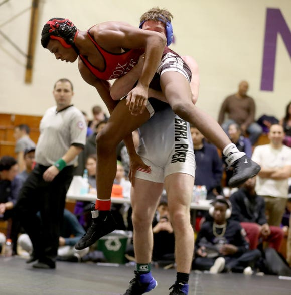 Jack Chesman of Pearl River defeated Quincy Downes for the 160-pound championship at the Murphy Guccione Shoreline Wrestling Tournament at New Rochelle High School Jan. 5, 2018.