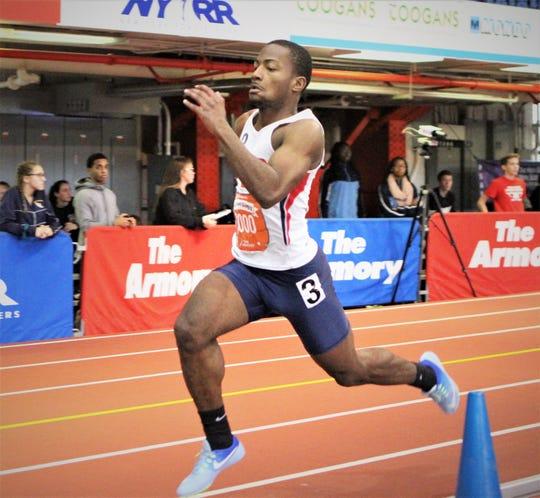 Dornell Mullings runs 4x200 boys relay anchor leg for Yonkers at 2019 Hispanic Games.
