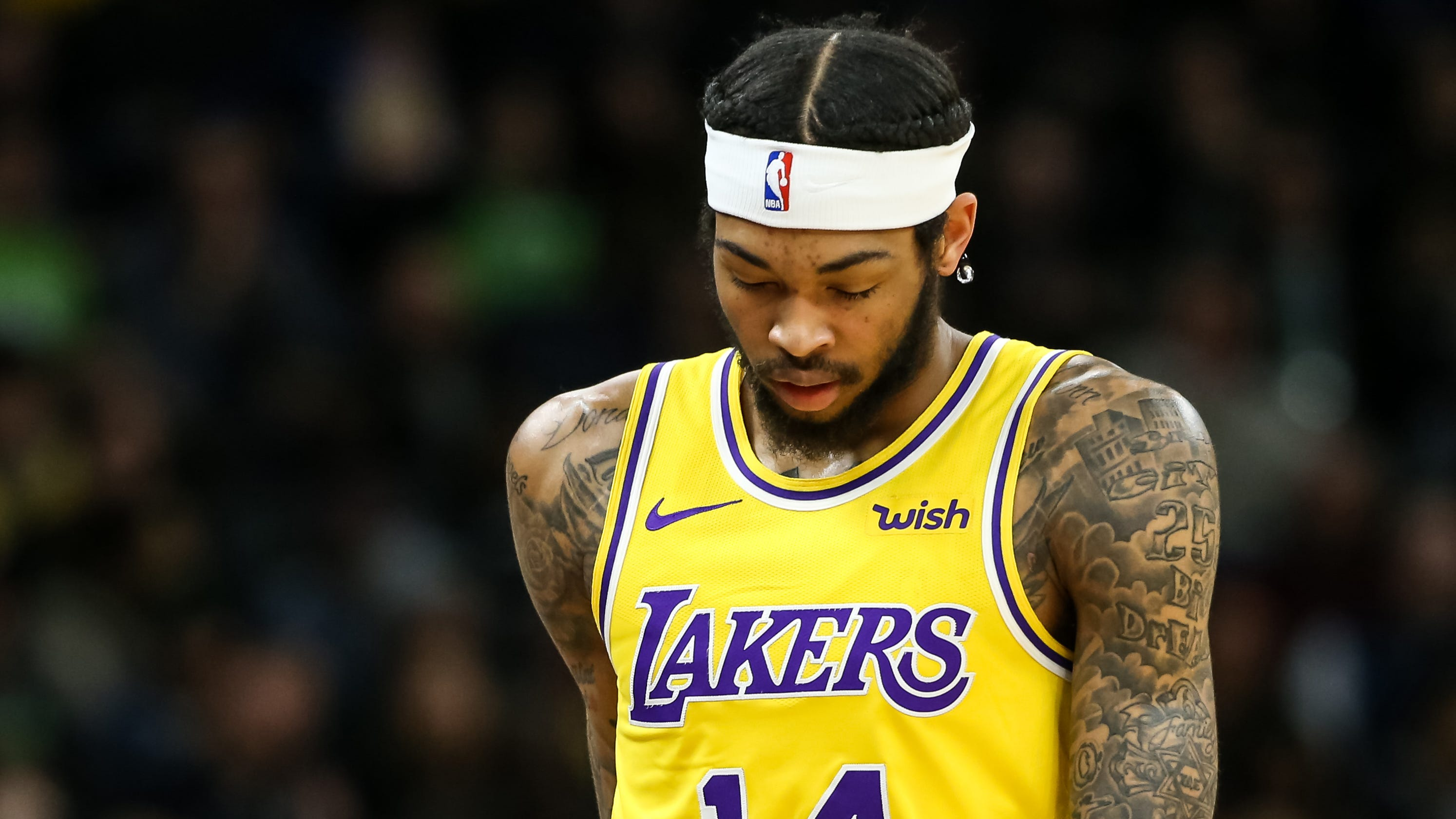 2017077835c2f Lakers  struggles without LeBron James continue in T wolves rout