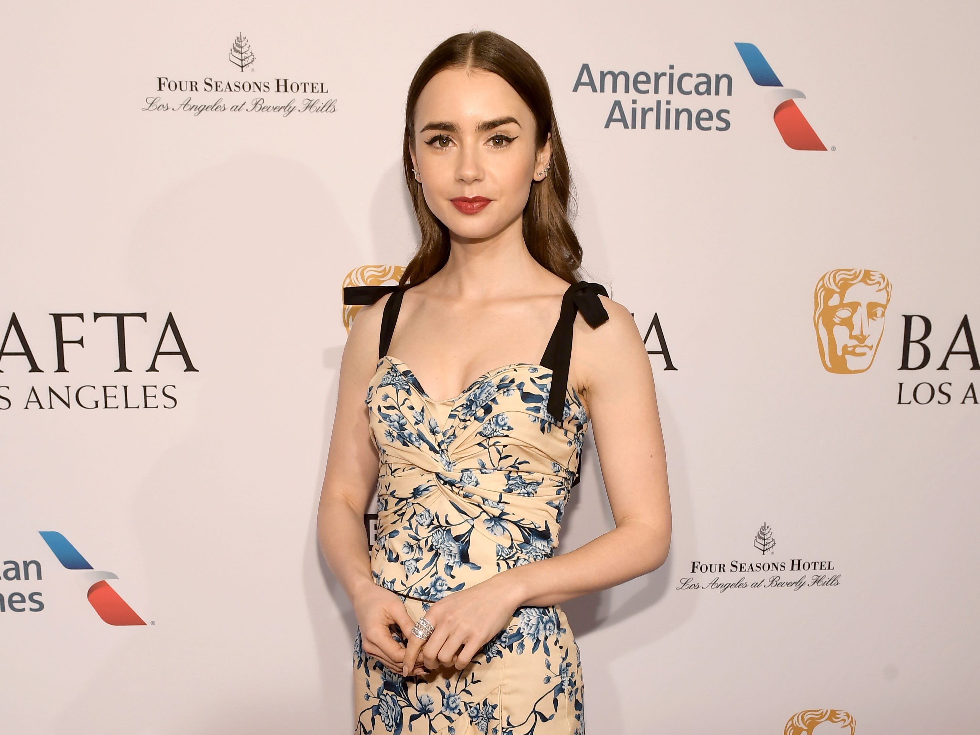 LOS ANGELES, CA - JANUARY 05:  Lily Collins attends The BAFTA Los Angeles Tea Party at Four Seasons Hotel Los Angeles at Beverly Hills on January 5, 2019 in Los Angeles, California.  (Photo by Matt Winkelmeyer/Getty Images) ORG XMIT: 775256316 ORIG FILE ID: 1077911908