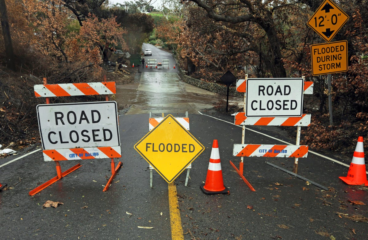 California mudslides: Pacific Coast Highway shut, Soulja Boy in crash